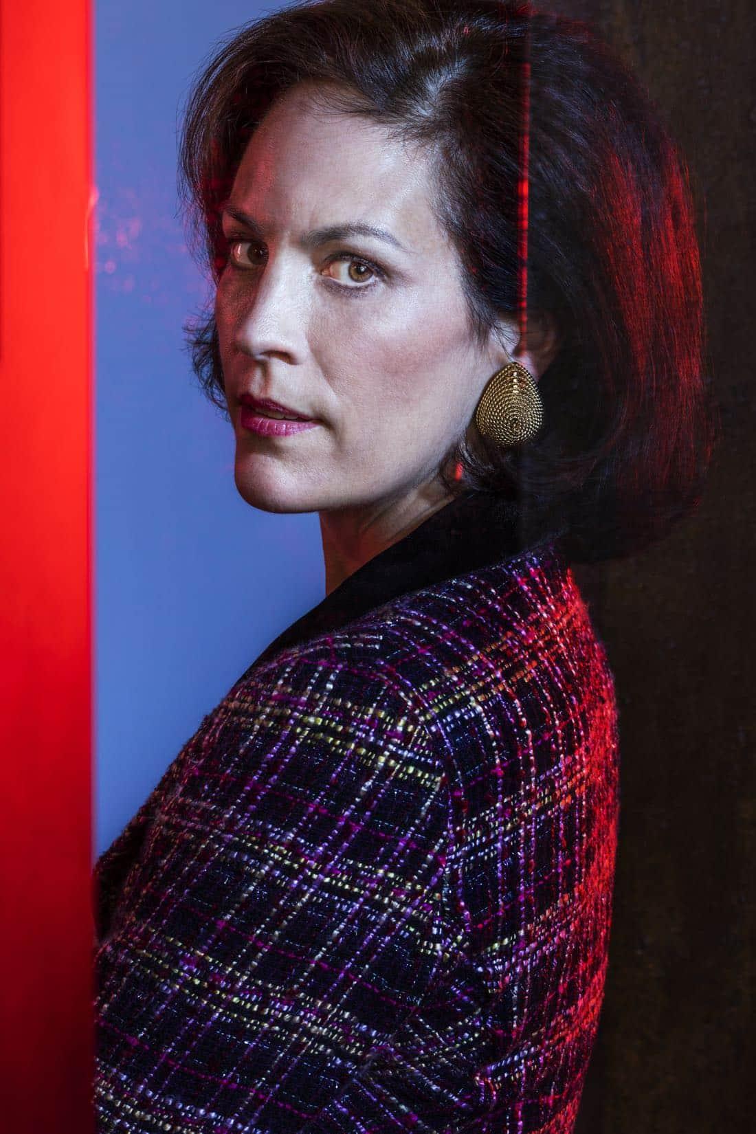 Elizabeth Gish as Diane; single- Halt and Catch Fire _ Season 4, Gallery - Photo Credit: Eric Ogden/AMC