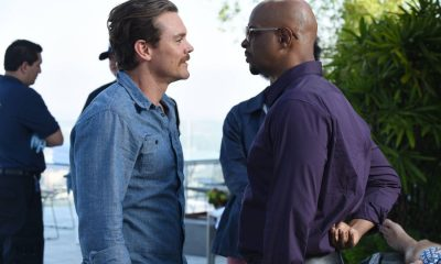 "LETHAL WEAPON: Pictured L-R: Clayne Crawford and Damon Wayans in the ""Dancing in September"" episode of LETHAL WEAPON airing Tuesday, Oct. 3 (8:00-9:00 PM ET/PT) on FOX. ©2017 Fox Broadcasting Co. CR: Ray Mickshaw/FOX"