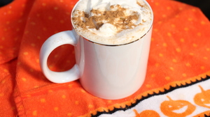 If You Love Pumpkin Spice Lattes, Experts Say It's Because You're Nostalgic