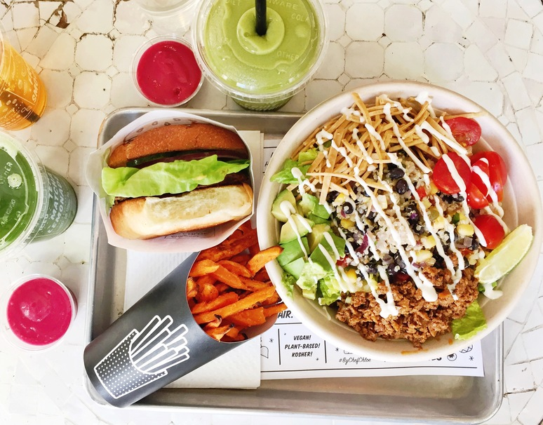 473310e25 By CHLOE Serves the Vegan Junk Food We've All Been Waiting For