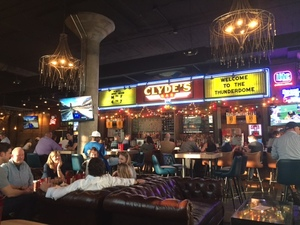 5 Reasons Clyde's Should Be Your New Favorite Spot in Nashville