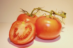 """We Finally Settled the """"Is a Tomato a Fruit?"""" Debate"""