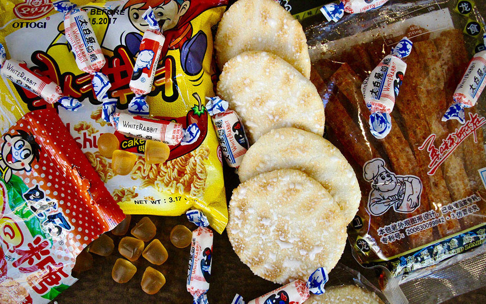 The Best Chinese Snacks to Buy From a Chinese Grocery Store