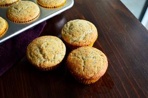 4-Ingredient Lemon Poppyseed Muffins to Make in Your Dorm Kitchen