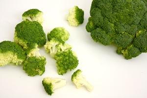 I Taught Myself to Like Broccoli in a Week and It Actually Worked