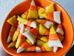 30-Minute Vegan Candy Corn Trick-or-Treaters Will Actually Love