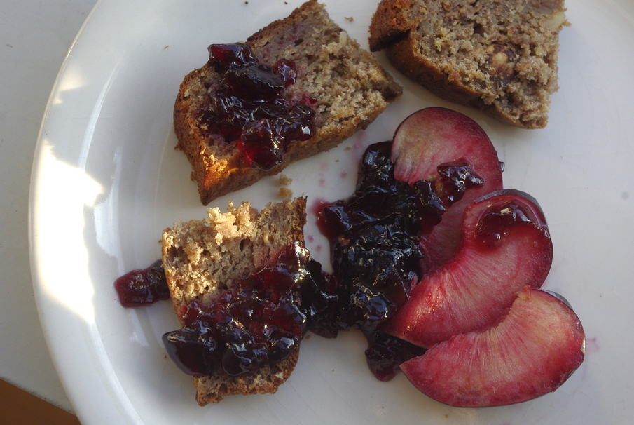 The Difference Between Different Types of Fruit Spreads