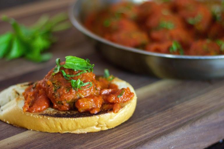 Zucchini beef sauce
