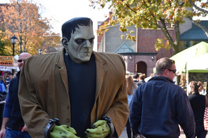 How to Take a Day Trip to Salem Like a Boss
