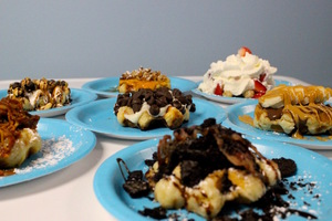 7 Best Waffle Topping Combinations at The Perfect Blend
