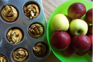 Make Baked Apples 2 Ways Using Your Trusty Muffin Tin