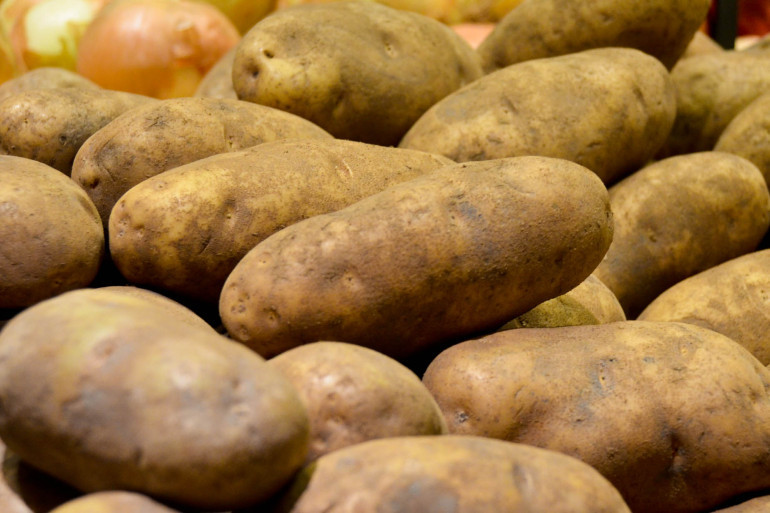 The Impact Of Potato Chips Goes Beyond Your Health