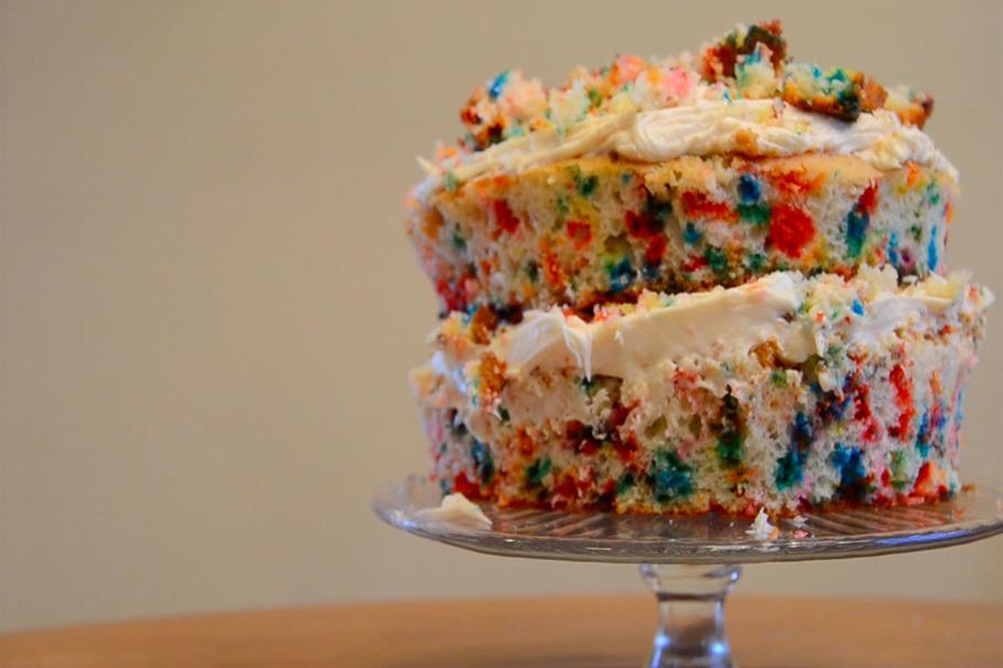 This Homemade Momofuku Milk Bar Birthday Cake Recipe Is Cheap and Easy