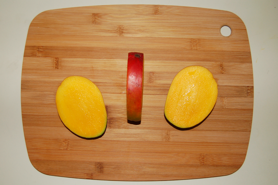 How to ripen a mango faster so you dont have to wait lemon mango ccuart Choice Image