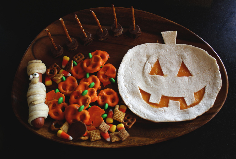 Spooky Snacks To Try Based On Your Favorite Halloween Movie