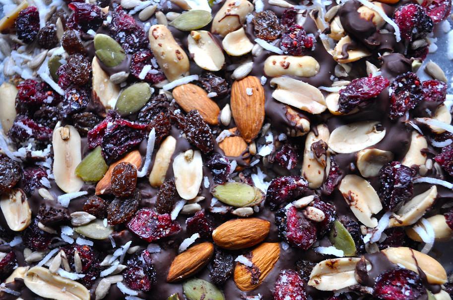 Raisins secs, canneberges, amandes, noix