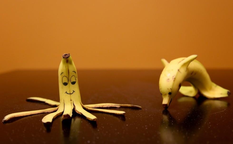 I Tried Whitening My Teeth With A Banana Peel