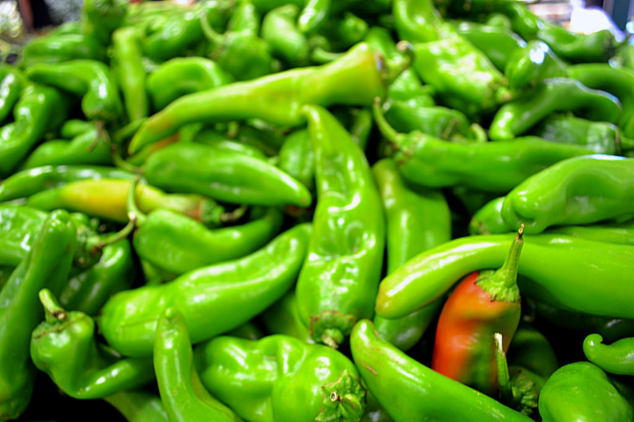 Why Does Spicy Food Make You Poop? A Nurse Explains Why