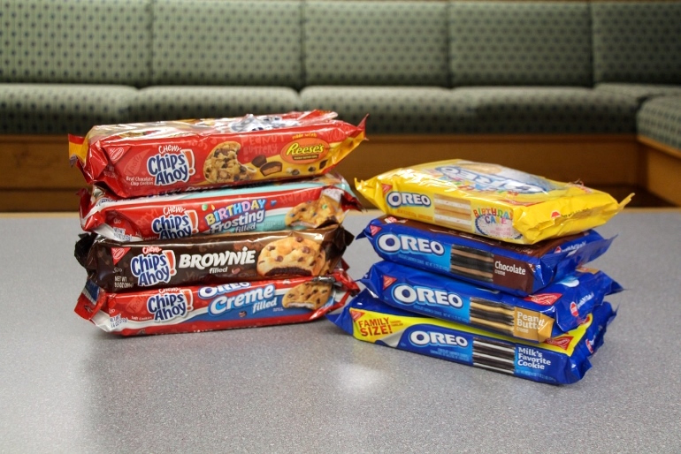 Groovy We Tasted Tested Oreo And Chips Ahoy Flavors Funny Birthday Cards Online Fluifree Goldxyz