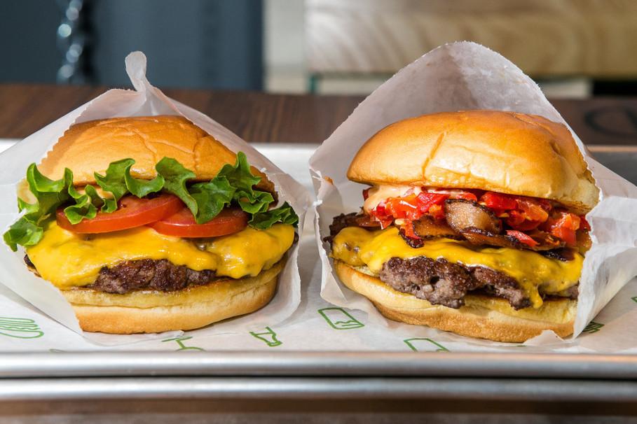 shake shack hamburger calories
