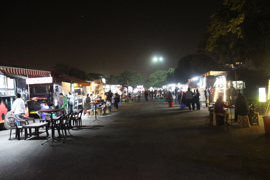 These food trucks will surely drive you crazy