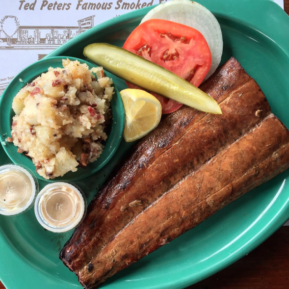 Everything you need to know about regional bbqs in the us for Ted peters smoked fish