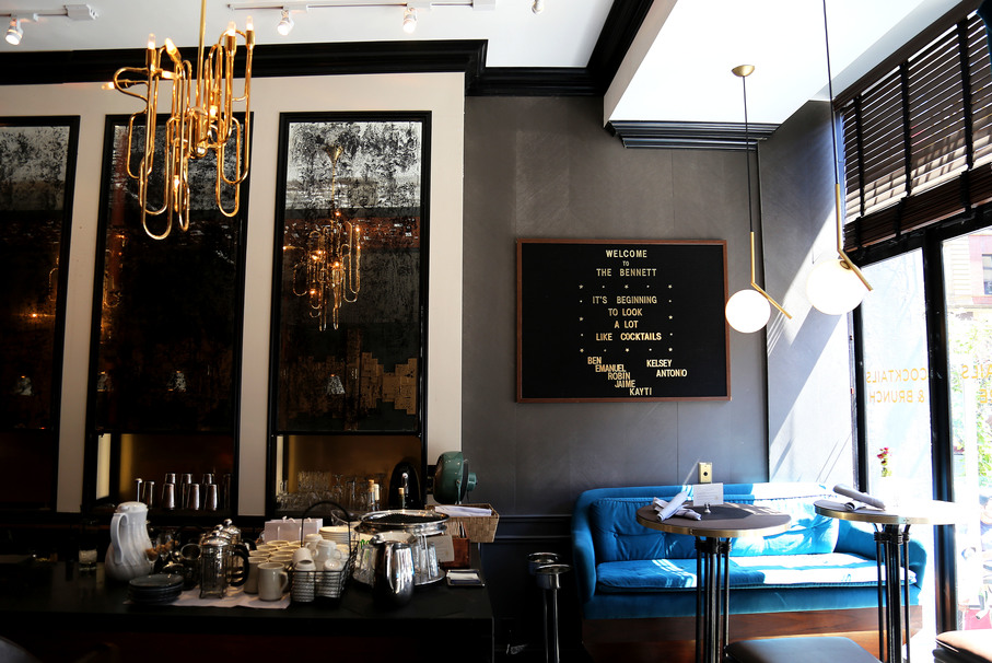 Why you need to brunch at the bennett nyc 39 s most romantic bar for Secret romantic places nyc