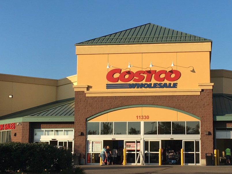 15 Best Bulk Snacks To Get at Costco For Under $10