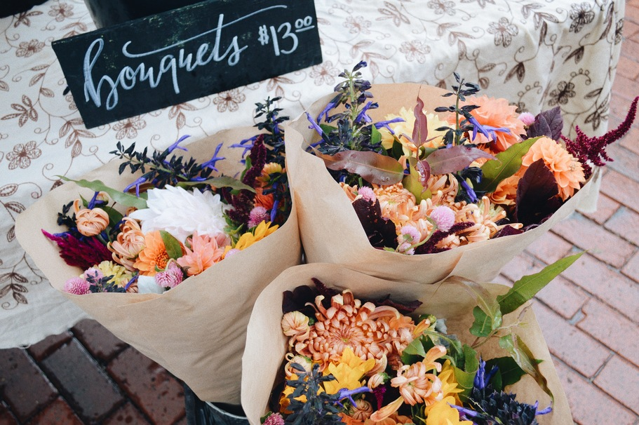 6 Edible Flowers You Should Try This Spring