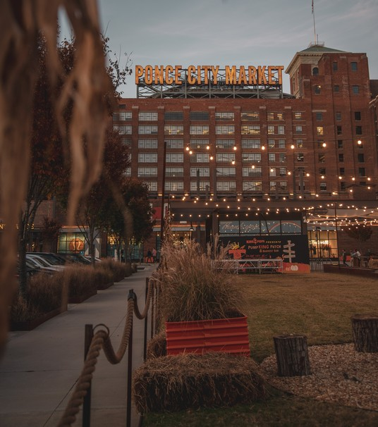 Ponce City Market in a Day: A Food and Fun Guide