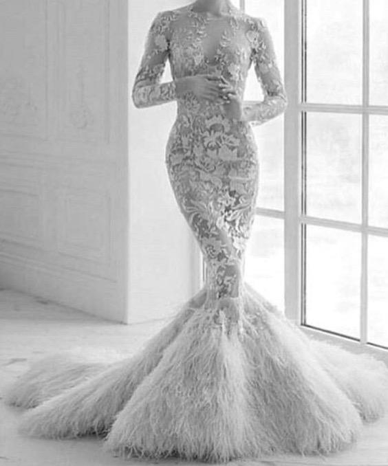 فستان زفافي ملكي ولله الحمد