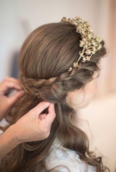 تميزي باجمل تسريحات شعر العروس لاطلالة متكاملة