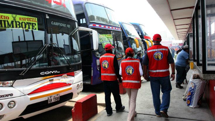 Buses interprovinciales: ¿tienen futuro con una aerolínea low cost?
