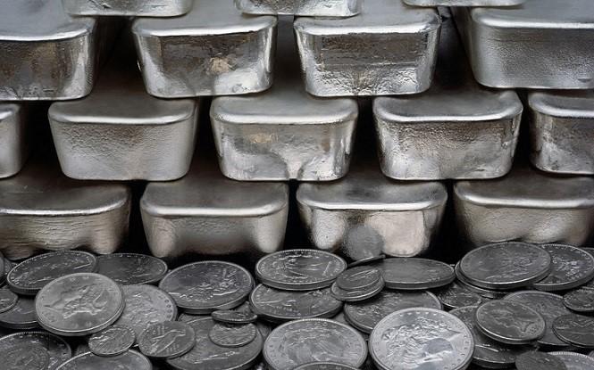 ¿Cómo le irá al precio de la plata en el 2017?