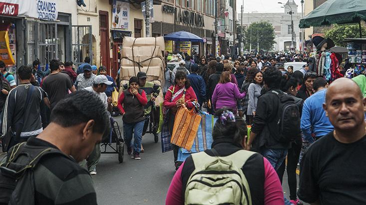 225418-ccl-economia-peruana-crecera-entre-2-1-y-2-8-en-el-2017