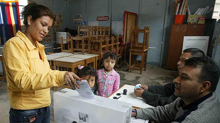 Reforma electoral: ¿qué propuestas del Ejecutivo fueron excluidas del informe Donayre?
