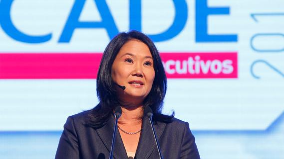 Keiko Fujimori propone usar reservas fiscales y emitir deuda para aumentar inversión pública