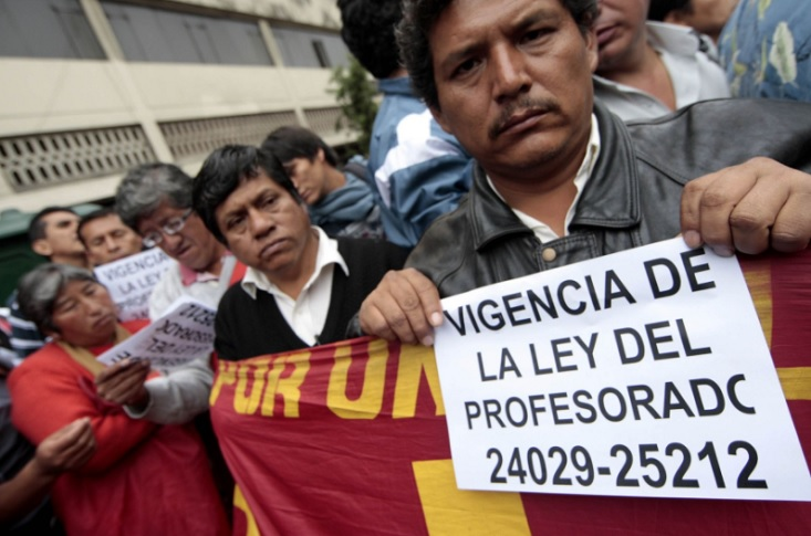 Huelga de maestros: mayor déficit fiscal dificulta aumento de sueldos