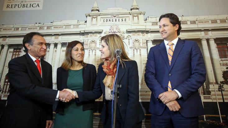 247489-ejecutivo-vs-legislativo-tras-el-choque-de-poderes-el-gobierno-encuentra-equilibrio