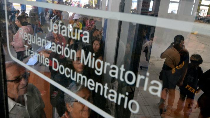 Venezolanos bienvenidos: el libre tránsito de personas debería ser la regla
