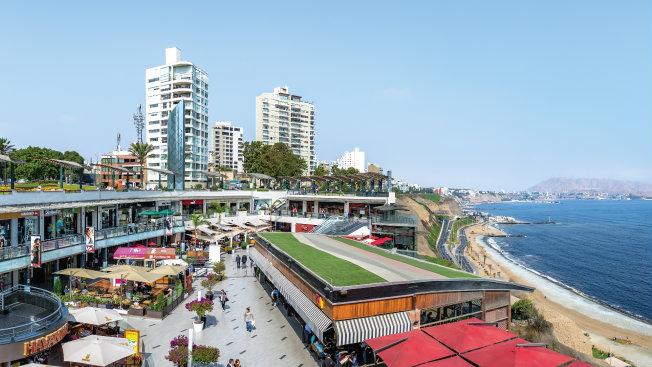 305838-parque-arauco-las-ventas-de-tiendas-crecen-mas-no-los-ingresos-del-mall