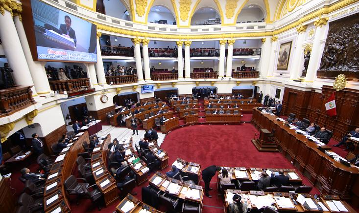 311736-pleno-del-congreso-aprobo-las-cuatro-reformas-habra-referendum