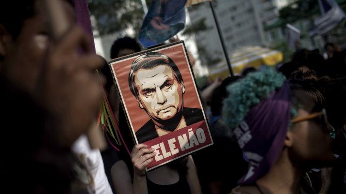 """Jair Bolsonaro y el retorno del """"gobierno de hombre fuerte"""" en Brasil"""