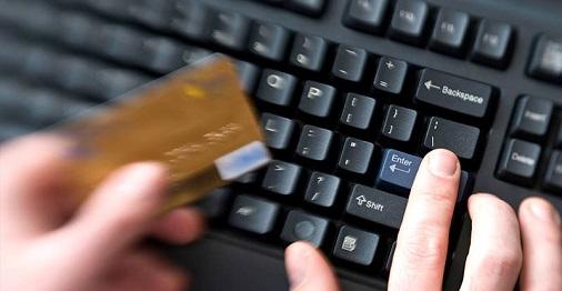 321170-las-tarjetas-de-credito-son-el-nuevo-principal-motor-de-la-banca
