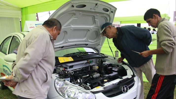 323447-mtc-modifico-reglamento-para-permitir-el-ingreso-de-autos-electricos
