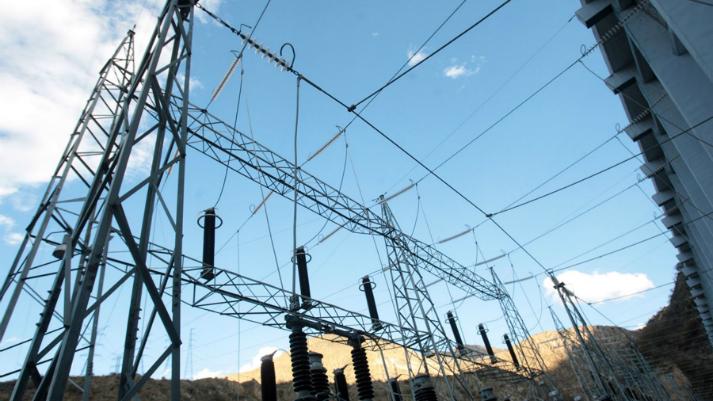 Guerra eléctrica: todo lo que necesitas saber para entender la distorsión del sector