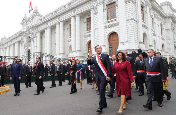 Martín Vizcarra abre un nuevo periodo de incertidumbre económica