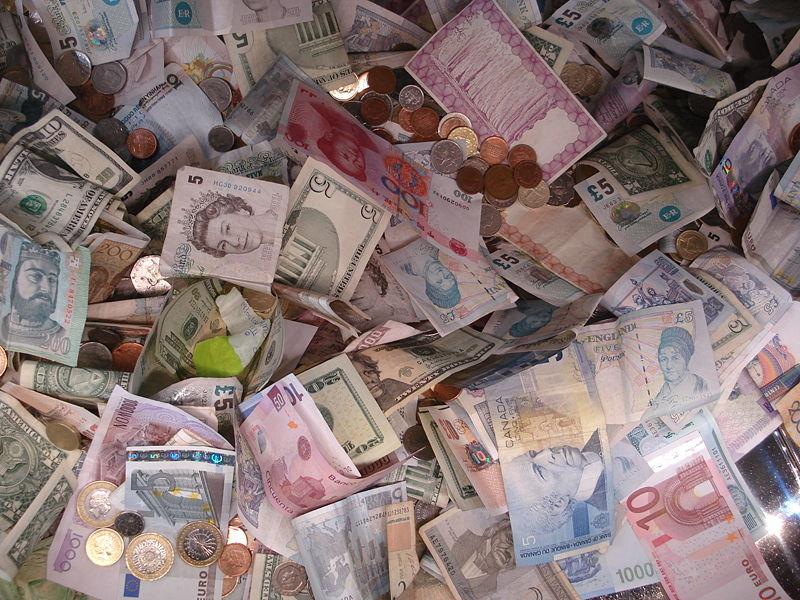 Temores de una guerra de divisas incrementan demanda de refugios seguros