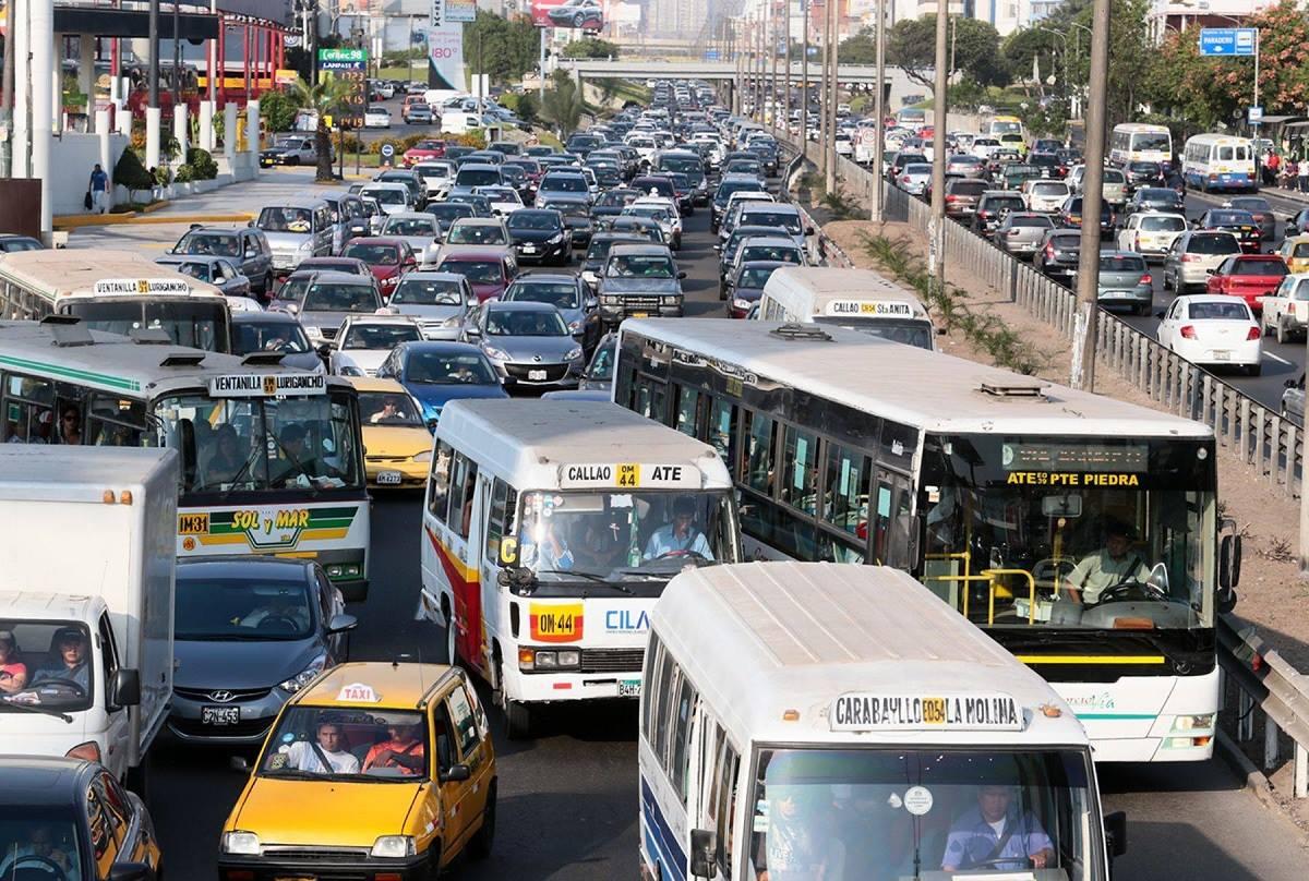 'Pico y placa' a camiones: más costos para empresas de transporte