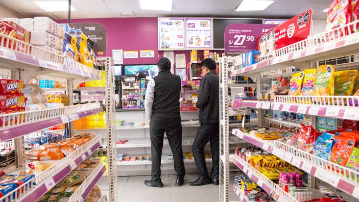 Más que compras al paso: el modelo mixto de las tiendas de conveniencia